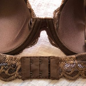 Natori Intimates & Sleepwear - NWT Natori Feathers Bra